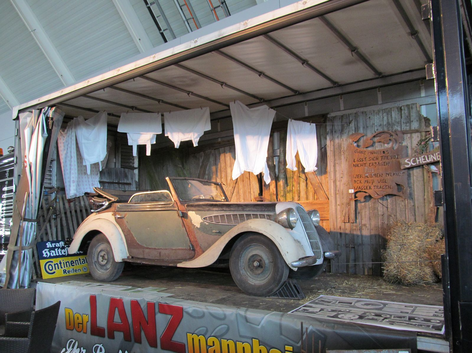 bmw coupe sports allemagne retro classics stuttgart mars 2013 epave demolition d 39 autos. Black Bedroom Furniture Sets. Home Design Ideas