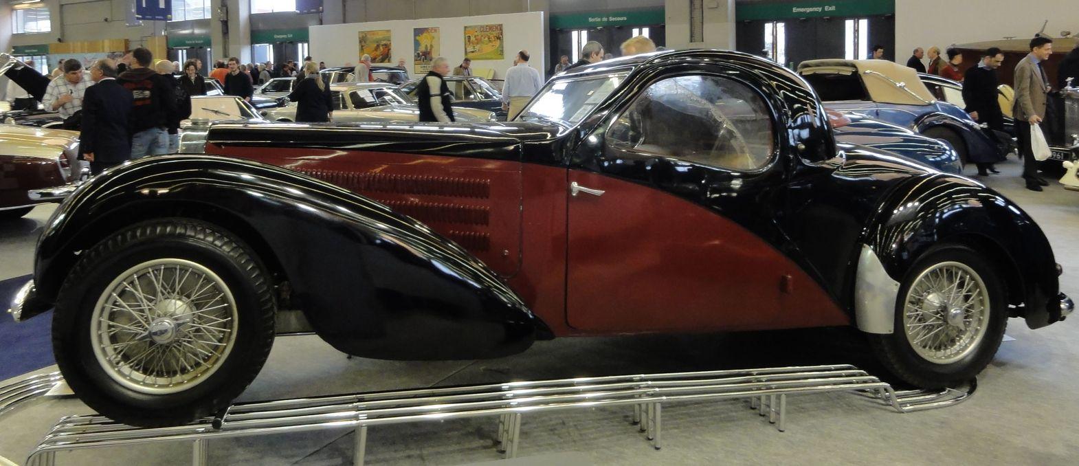 bugatti france retromobile paris 2011 automobiles de sports et de courses bugatti france. Black Bedroom Furniture Sets. Home Design Ideas