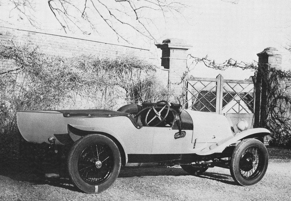 bugatti 1923 france 1923 automobiles de sports et de courses bugatti france. Black Bedroom Furniture Sets. Home Design Ideas