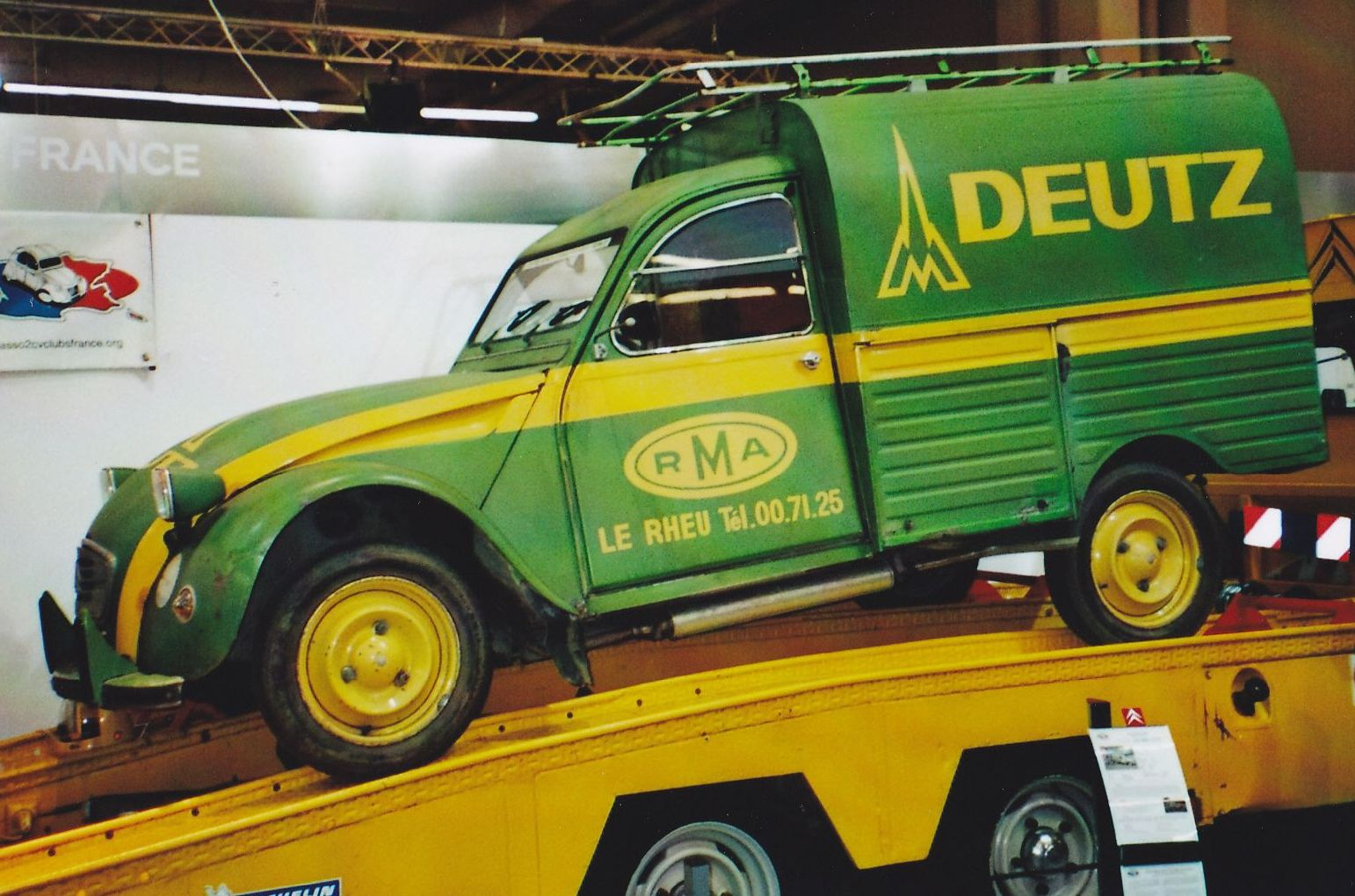 citroen 2 cv camionnette france  agent agricole deutz
