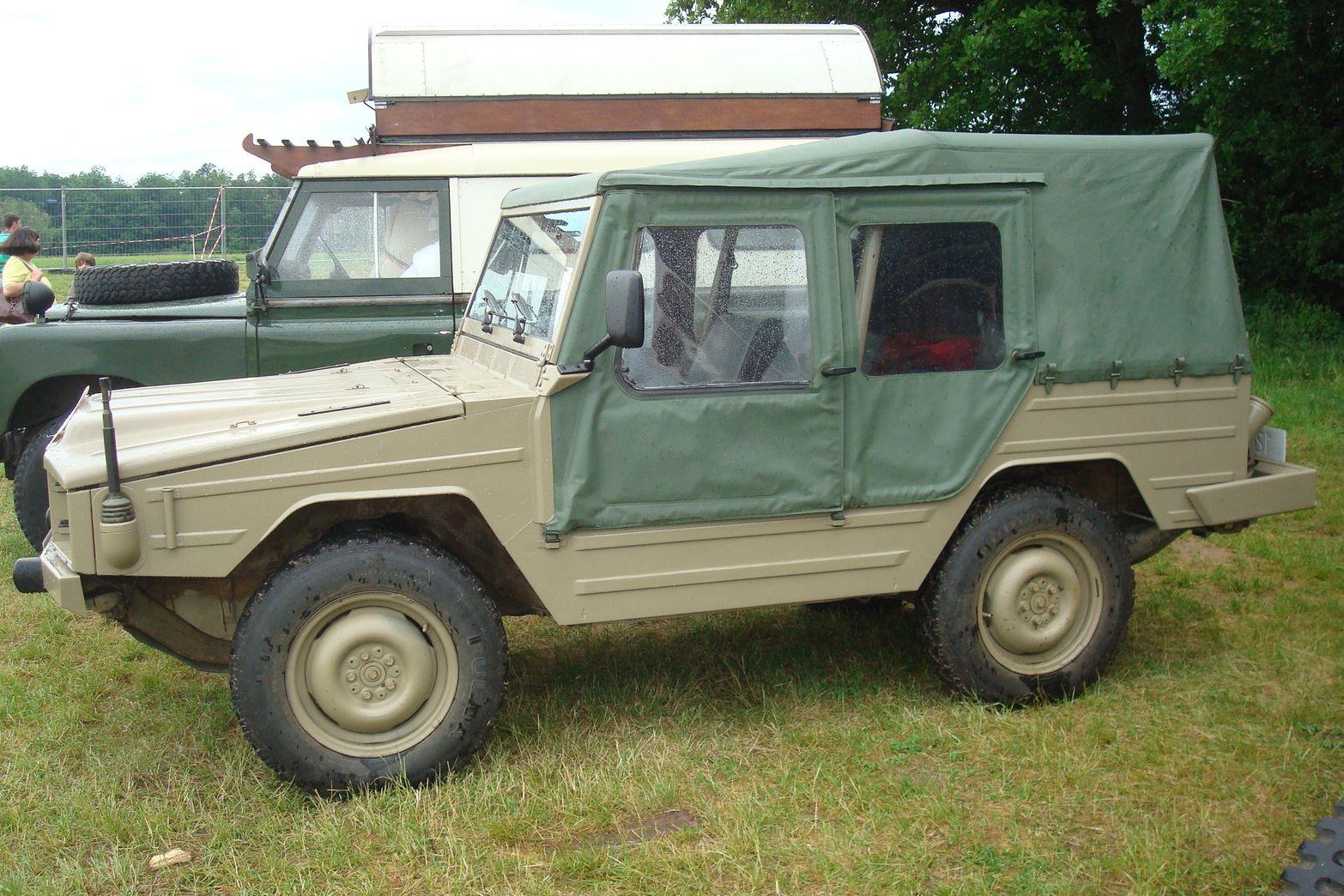 vehicule militaire a vendre petites annonces vehicule militaire a vendre vehicule militaire a. Black Bedroom Furniture Sets. Home Design Ideas